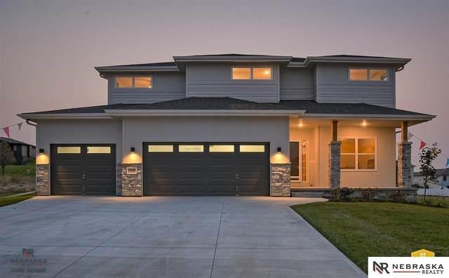 9448 Friedman Street, Lincoln, NE 68516 (MLS #22012003) :: Lincoln Select Real Estate Group