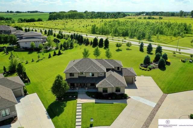 20829 U Circle, Elkhorn, NE 68022 (MLS #22012231) :: Omaha Real Estate Group