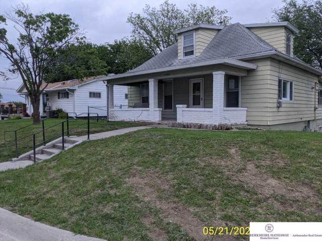 1111 S 11 Street, Nebraska City, NE 68410 (MLS #22012578) :: kwELITE