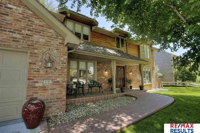 1121 S 113 Plaza, Omaha, NE 68144 (MLS #22012808) :: Complete Real Estate Group