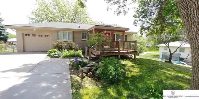 8209 S 39 Avenue, Bellevue, NE 68147 (MLS #22012824) :: Stuart & Associates Real Estate Group