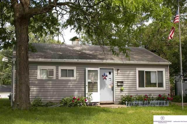3311 S 40 Street, Omaha, NE 68105 (MLS #22012843) :: Capital City Realty Group