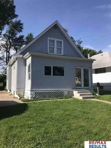 2437 Camden Avenue, Omaha, NE 68111 (MLS #22013007) :: Stuart & Associates Real Estate Group