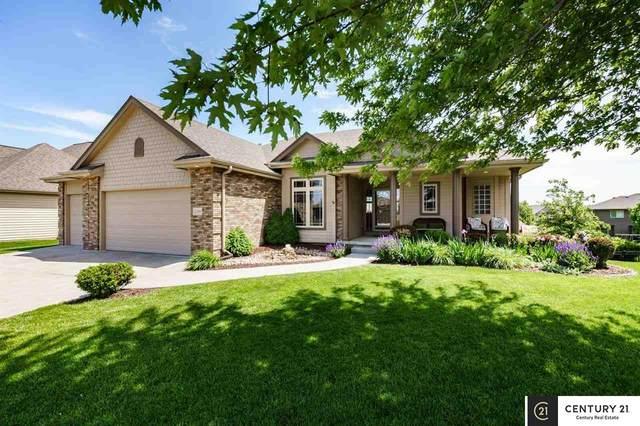 12505 S 81st Avenue, Papillion, NE 68046 (MLS #22013397) :: Stuart & Associates Real Estate Group