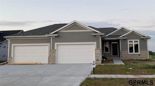 9420 Green Valley Lane, Lincoln, NE 68516 (MLS #22015048) :: Omaha Real Estate Group