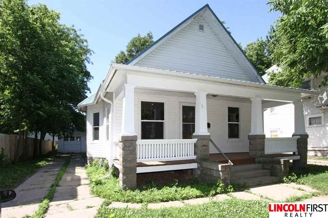 2965 Holdrege Street, Lincoln, NE 68503 (MLS #22015370) :: Lincoln Select Real Estate Group