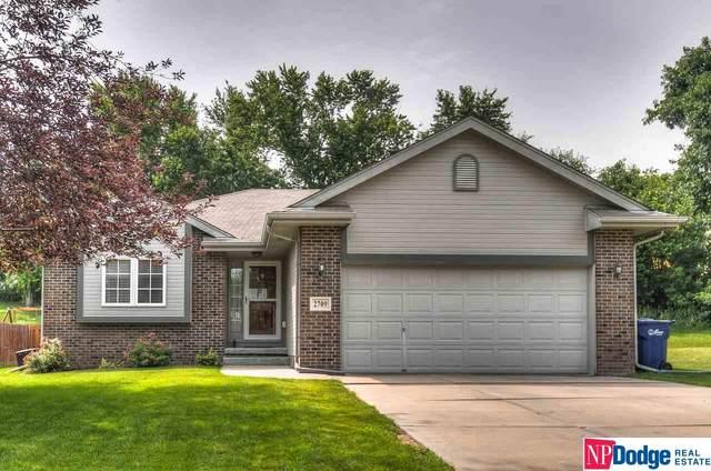 2709 Lynnwood Drive, Bellevue, NE 68123 (MLS #22015418) :: Dodge County Realty Group
