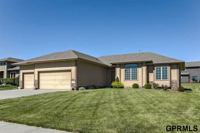 1508 N 180th Avenue, Elkhorn, NE 68022 (MLS #22015604) :: Cindy Andrew Group