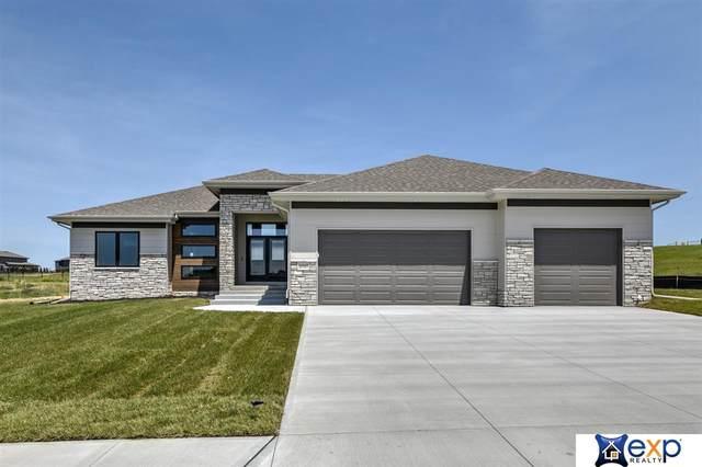 10317 S 188 Street, Omaha, NE 68136 (MLS #22015689) :: Dodge County Realty Group