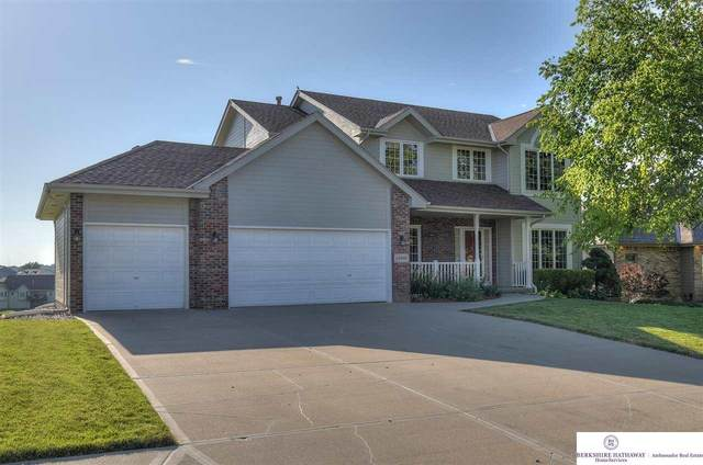 13606 Tregaron Street, Bellevue, NE 68123 (MLS #22016026) :: The Briley Team