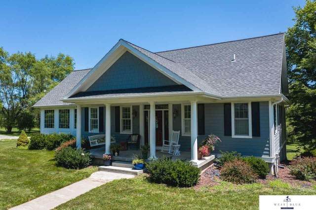 17886 Saltillo Road, Bennet, NE 68317 (MLS #22017381) :: One80 Group/Berkshire Hathaway HomeServices Ambassador Real Estate