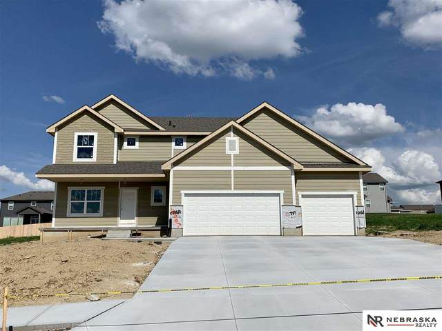 13707 S 51st Street, Bellevue, NE 68147 (MLS #22017446) :: The Homefront Team at Nebraska Realty