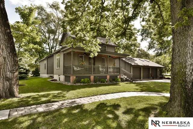 120 E Lincoln Avenue, Waterloo, NE 68069 (MLS #22017697) :: Omaha Real Estate Group