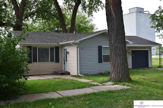 415 8 Avenue, Fairmont, NE 68354 (MLS #22018211) :: kwELITE