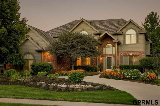 711 N 156 Avenue, Omaha, NE 68118 (MLS #22018214) :: Omaha Real Estate Group