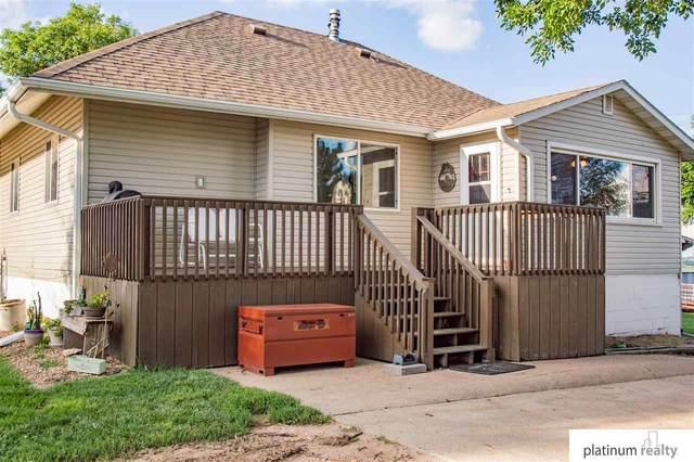 70970 Frederick Avenue, Fairbury, NE 68352 (MLS #22018434) :: Catalyst Real Estate Group