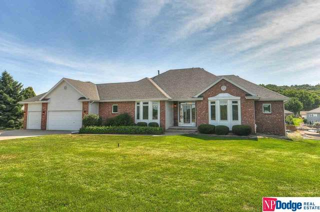 237 Lakehurst Drive, Waterloo, NE 68069 (MLS #22018624) :: Dodge County Realty Group