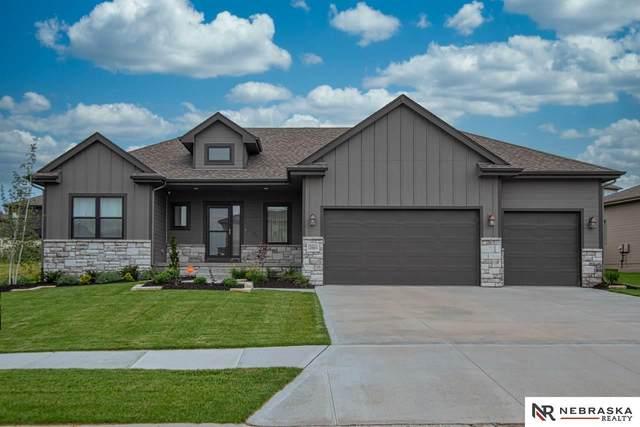18804 Merion Drive, Omaha, NE 68136 (MLS #22018641) :: Dodge County Realty Group