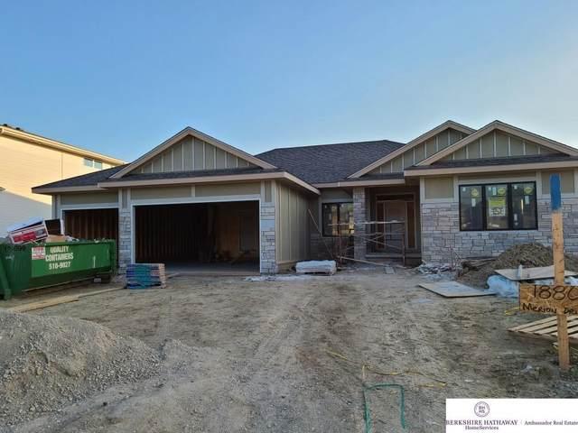 18809 Merion Drive, Omaha, NE 68136 (MLS #22018690) :: Dodge County Realty Group