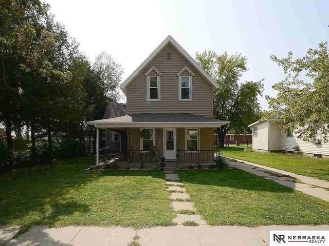 507 5th Street, Milford, NE 68405 (MLS #22019327) :: The Homefront Team at Nebraska Realty