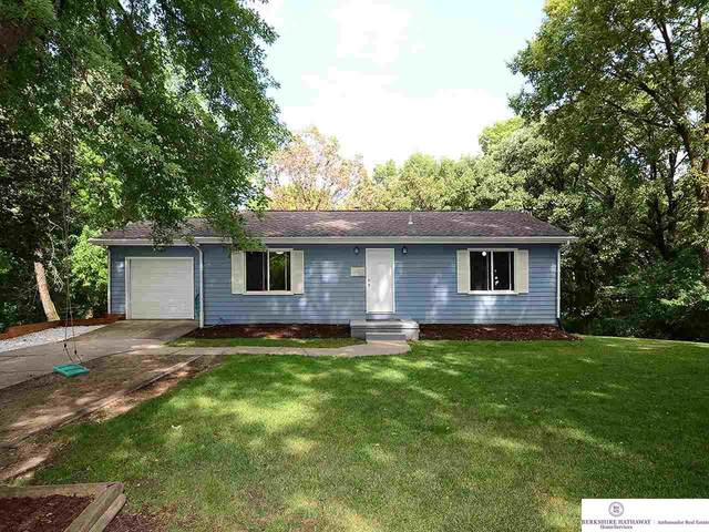 5322 Read Street, Omaha, NE 68152 (MLS #22019477) :: Dodge County Realty Group