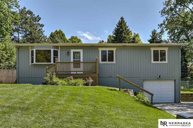 10605 Izard Street, Omaha, NE 68114 (MLS #22019546) :: Omaha Real Estate Group