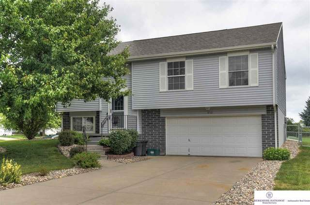 8020 Craig Avenue, Omaha, NE 68122 (MLS #22019604) :: Omaha Real Estate Group