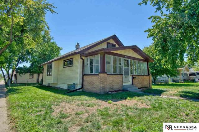 3601 Avenue C, Council Bluffs, IA 51501 (MLS #22020544) :: The Homefront Team at Nebraska Realty
