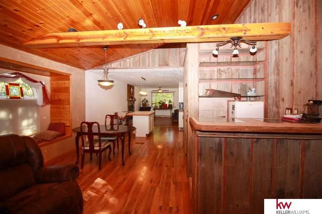105 Laura Lane Circle, Ceresco, NE 68107 (MLS #22021045) :: Lincoln Select Real Estate Group