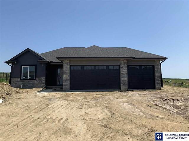 635 N 11 Circle, Springfield, NE 68059 (MLS #22021051) :: The Excellence Team