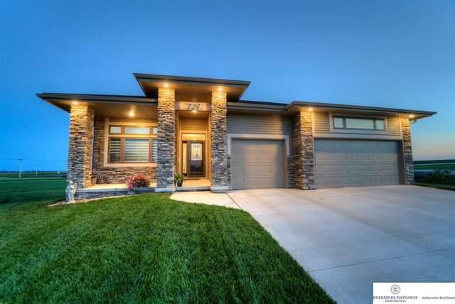 7309 Swallowtail Street, Papillion, NE 68046 (MLS #22021112) :: The Homefront Team at Nebraska Realty