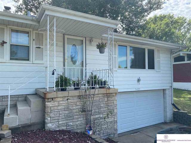 5425 Camden Avenue, Omaha, NE 68104 (MLS #22021737) :: Omaha Real Estate Group