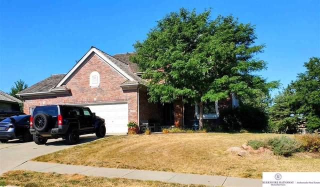 3434 N 161 Terrace, Omaha, NE 68116 (MLS #22022356) :: Complete Real Estate Group