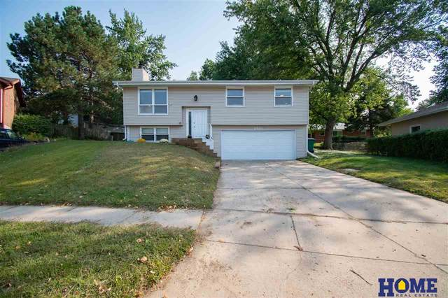 2621 Cheshire Court, Lincoln, NE 68512 (MLS #22023376) :: The Excellence Team
