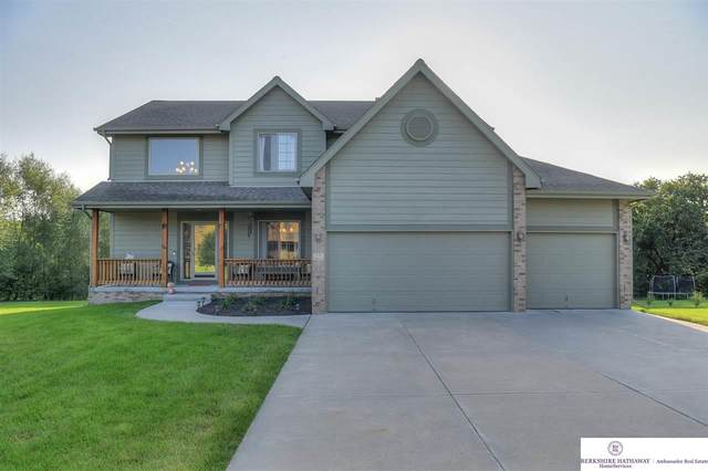 839 Wedgewood Court, Plattsmouth, NE 68048 (MLS #22023600) :: The Briley Team