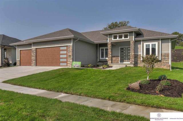 1002 Elk Ridge Drive, Omaha, NE 68022 (MLS #22023748) :: Catalyst Real Estate Group