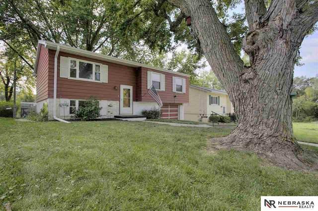 4495 Dayton Street, Omaha, NE 68107 (MLS #22024104) :: Omaha Real Estate Group