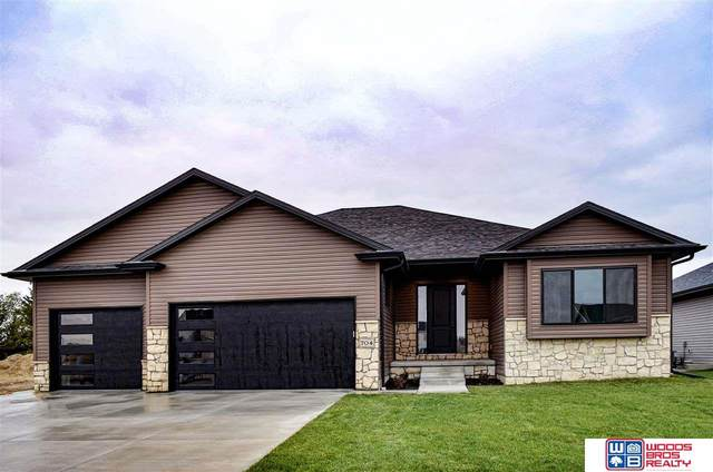 704 Whitetail Run Circle, Ashland, NE 68003 (MLS #22025526) :: The Briley Team