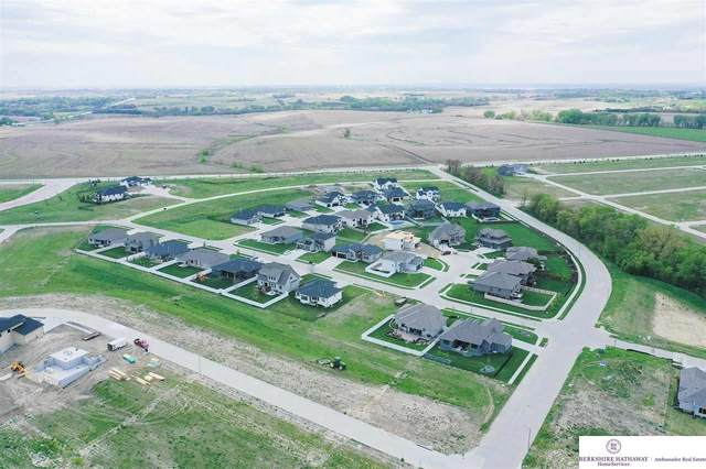 6506 S 208 Avenue, Omaha, NE 68022 (MLS #22026041) :: Lincoln Select Real Estate Group