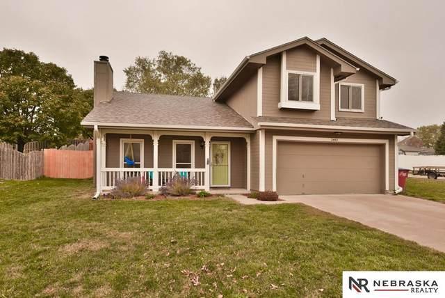 2402 Corn Drive, Papillion, NE 68046 (MLS #22026159) :: Lincoln Select Real Estate Group