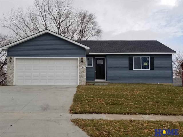 3928 NW 57th Street, Lincoln, NE 68524 (MLS #22027104) :: Catalyst Real Estate Group