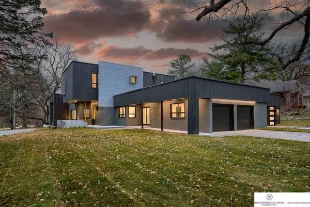 8812 Broadmoor Drive, Omaha, NE 68114 (MLS #22028045) :: Capital City Realty Group