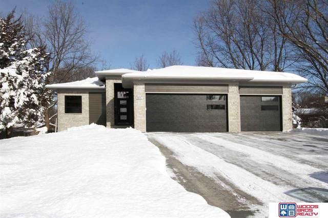 8110 Cooper Court, Lincoln, NE 68506 (MLS #22028099) :: Omaha Real Estate Group