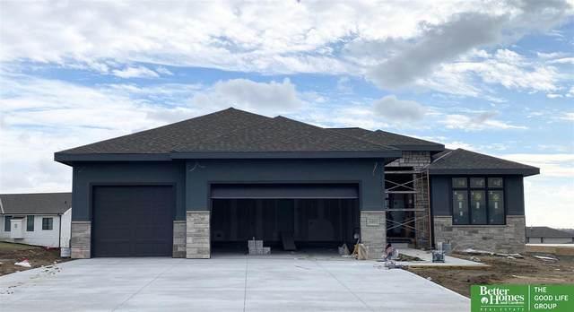 4401 Big Elk Parkway, Elkhorn, NE 68022 (MLS #22028295) :: Complete Real Estate Group