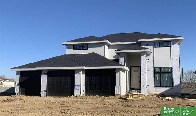 2707 N 185th Street, Elkhorn, NE 68022 (MLS #22028507) :: Capital City Realty Group