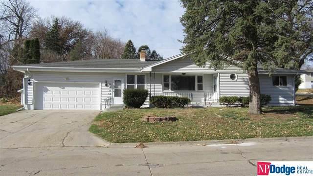 5403 Grand Avenue, Omaha, NE 68104 (MLS #22028703) :: The Homefront Team at Nebraska Realty