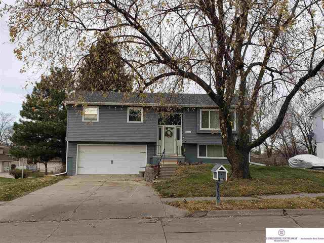 3010 Columbus Avenue, Bellevue, NE 68005 (MLS #22028736) :: kwELITE