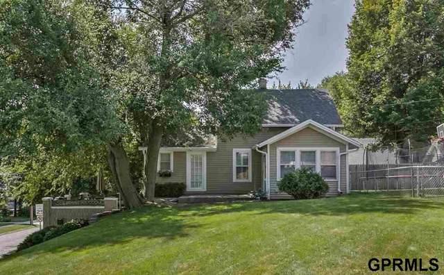 5001 Hamilton Street, Omaha, NE 68132 (MLS #22029207) :: Omaha Real Estate Group