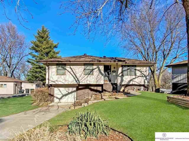 6413 N 49 Avenue, Omaha, NE 68104 (MLS #22029397) :: One80 Group/Berkshire Hathaway HomeServices Ambassador Real Estate