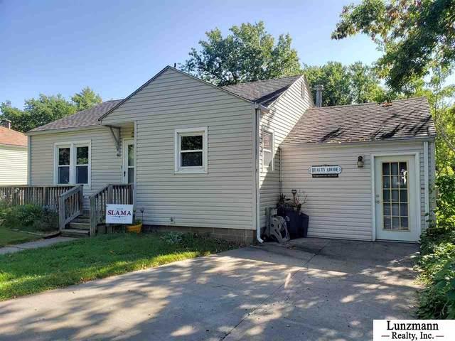 2211 L Street, Auburn, NE 68305 (MLS #22029398) :: Stuart & Associates Real Estate Group
